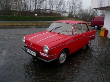 NOUVEAU +++ BMW Véhicule ancien: BMW andere 700 A 700 A LS für 11900 € +++ Les meilleures offres | Berline, 37866 km, 1962, Autres, 30 CV, Rouge | 132637452 | auto.de