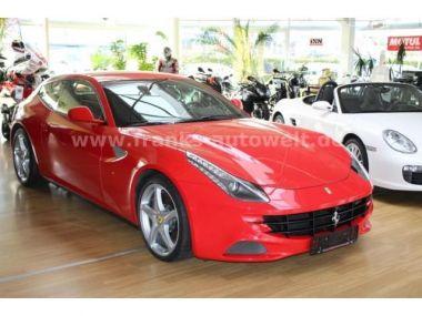 NOUVEAU +++ Ferrari Voiture d'occasion: Ferrari FF  für 205000 € +++ Les meilleures offres | Coupé, 24300 km, 2012, Essence, 661 CV, Rouge | 137528031 | auto.de