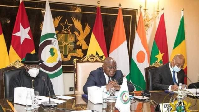 Mali_CEDEAO: Le président en exercise de la CEDEAO, le président Ghanéen arrive à Bamako ce dimanche 17 Octobre 2021. Il sera accueilli à l'aéroport par le président de transition le colonel Assimi Goïta.