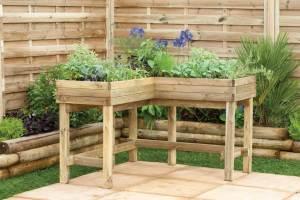 Corner table planter