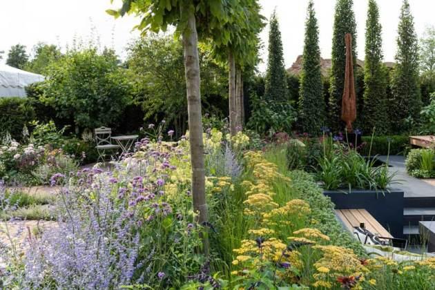 The Best of Both Worlds Garden. Picture; RHS/Joanna Kossak