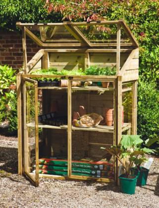 Mini greenhouse. Picture; Forest Garden