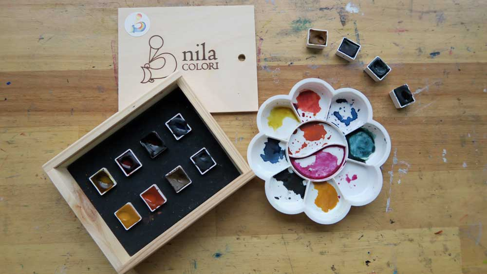 nila colori watercolor paint - set - wooden package - colors - reviewed by mandy van goeije