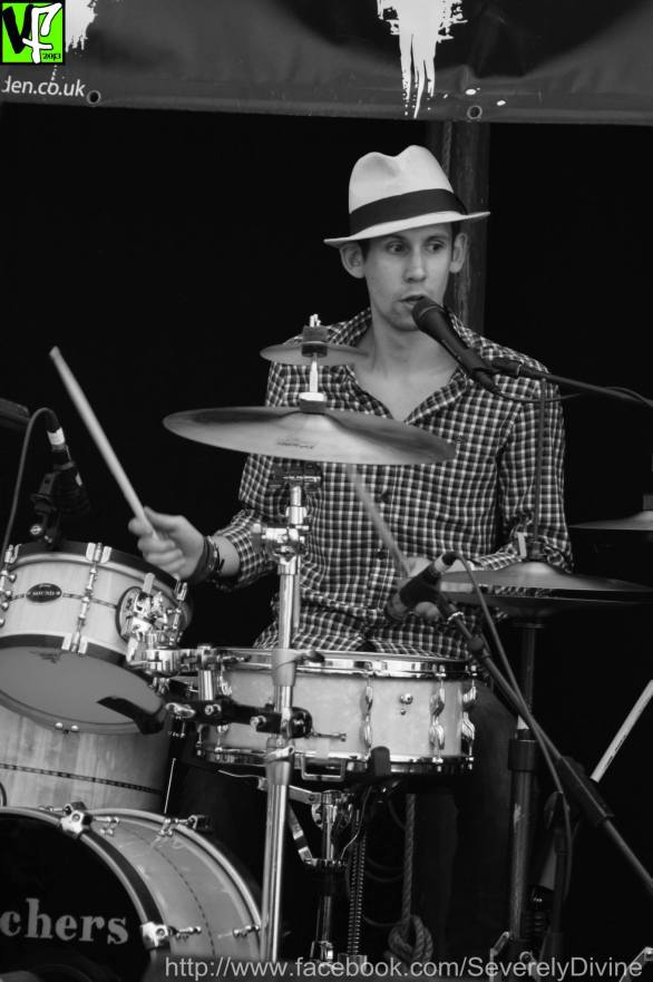 Jimmy Roe Trio at VicFest 2013