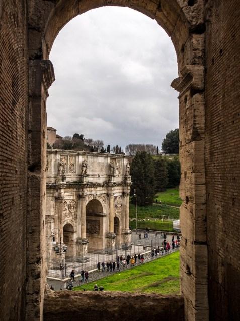 Colisée Rome - Manekitravel.com