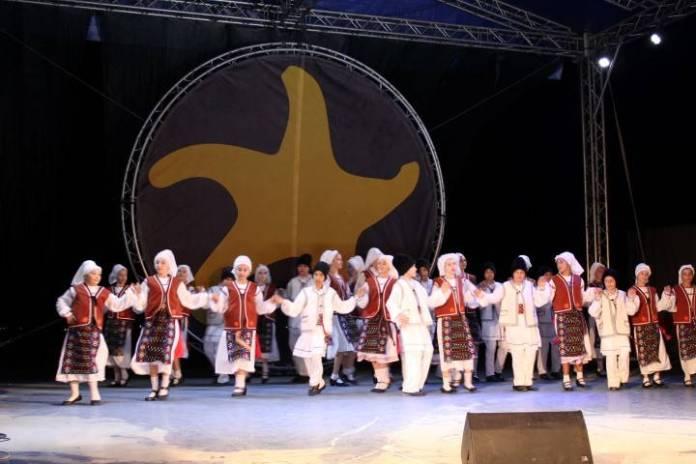 09-folk-lor-mangalia