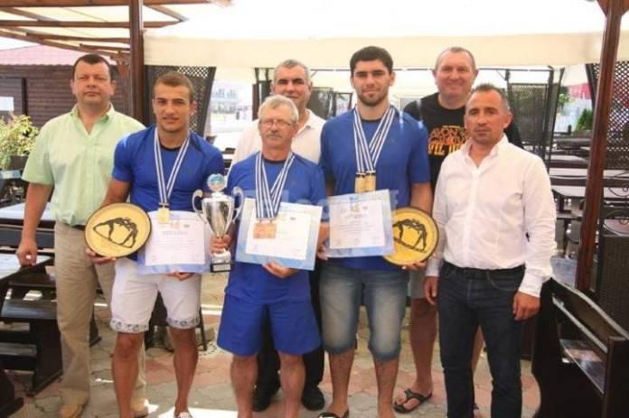 Mangalia vrea să organizeze Campionatul Mondial de lupte pe plajă