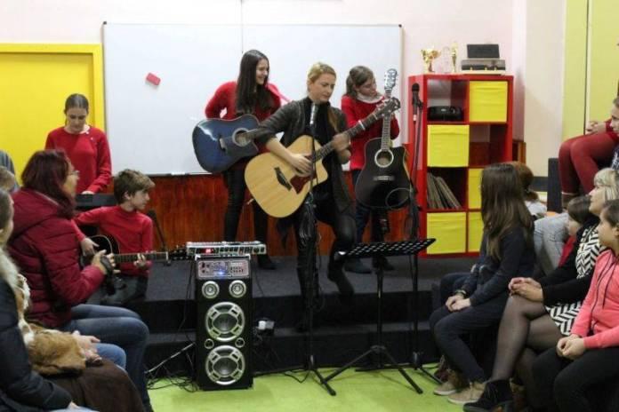 cabinetul-de-muzica-sc-gala-galaction3