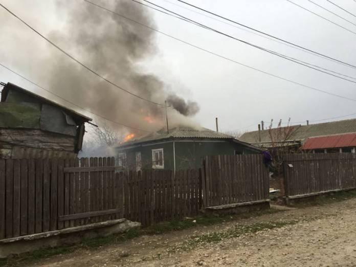 casa_in_flacari_limanu_incendiu