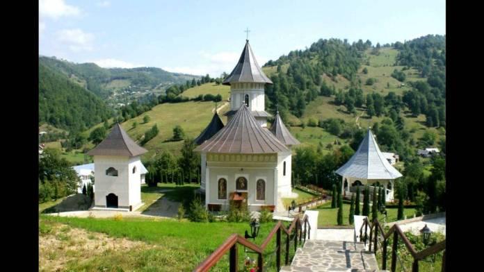 manastirea-rebra
