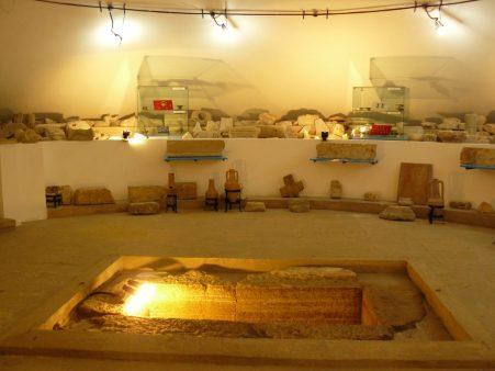 Mormantul-cu-papirus-Muzeul-Callatis
