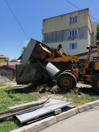 demolare garaj2