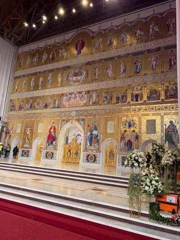 Catedrala_Nationala_Floriana_Jucan-01