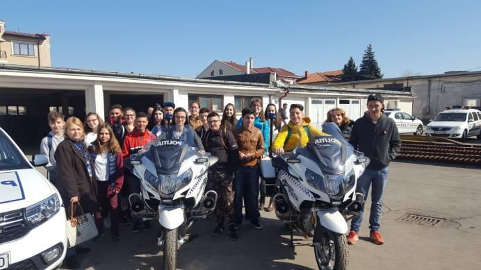 ziua_politiei_romane_elevi_ipj (21)