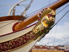 Libertatea-yachtul-regal3-Nahlin2