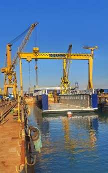 Damen Shipyards Mangalia - lansarea la apă a unui doc plutitor3