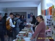 Activități sociale generoase la Liceul Tehnologic Ion Bănescu (6) (Medium)