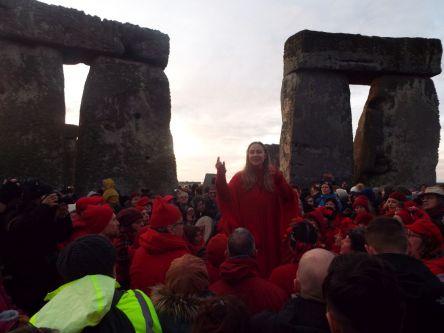 Happy Solstice Solstiţiul de iarnă sărbătorit la Stonehenge (4)