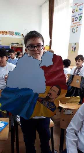 Unirea Principatelor Române sărbătorită de elevii Școlii Gimnaziale Sf Andrei din Mangalia-03