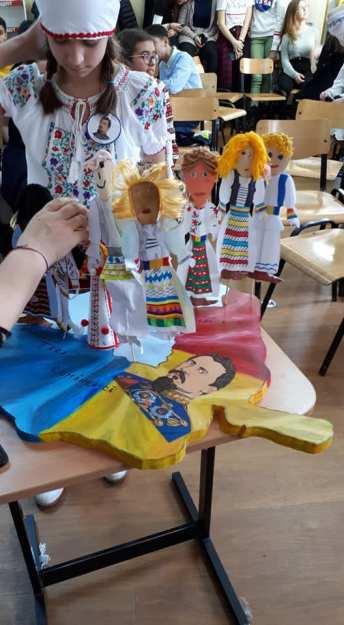 Unirea Principatelor Române sărbătorită de elevii Școlii Gimnaziale Sf Andrei din Mangalia-09