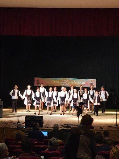 Ansamblul Folcloric ZESTREA Mangalia-Fagaras10