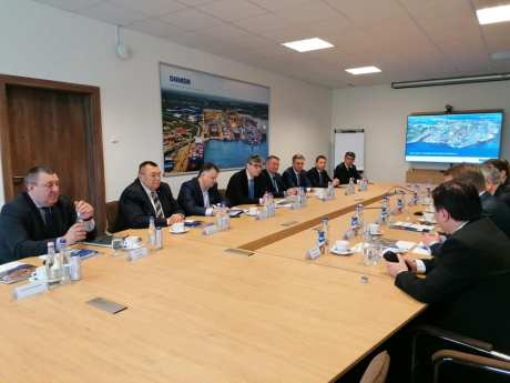 damen-shipyards-mangalia-ministrul-economiei-prefect-constanta