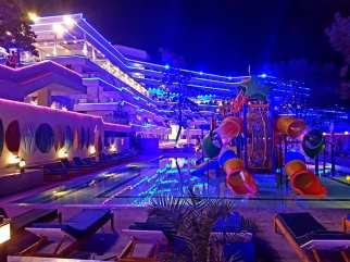 Hotelul Panoramic Olimp pe înserat-foto-Elena Stroe-26