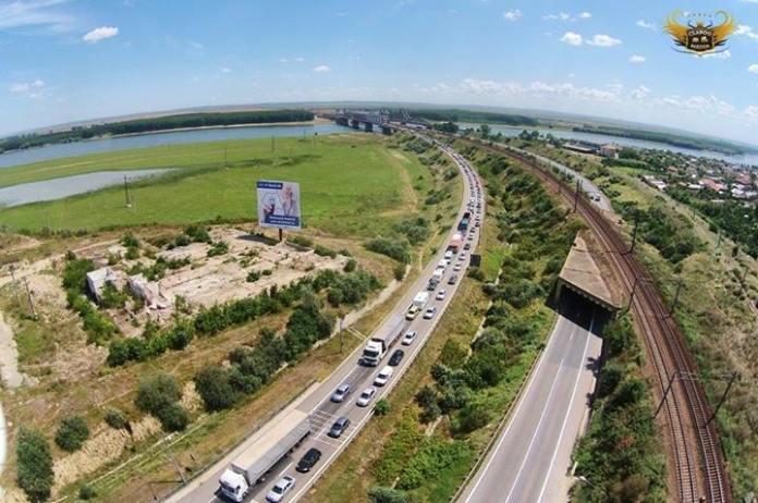 Coadă spre București la stația de taxare Fetești Claboo Media-1