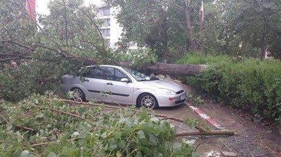 furtuna-mangalia-masina-distrusa