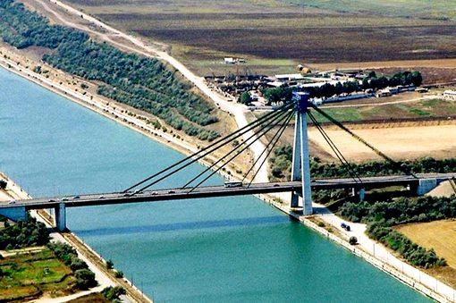 Circulaţia pe podul Agigea