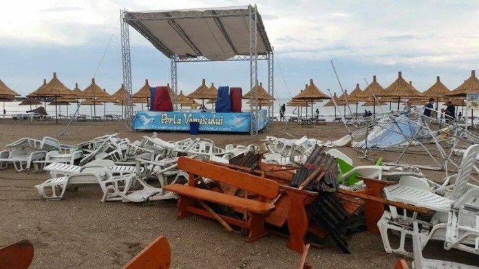ravagii-furtuna-mangalia-11-07-2014-foto-Andreea-Dima-07 (Small)