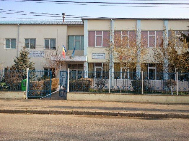 scoala nr1 mangalia-