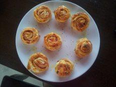 Restaurant_Sat_Pescaresc_Venus-34. trandafiri cu mozzarella si sunca