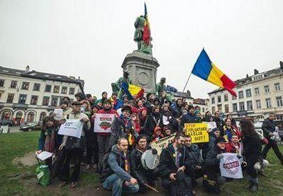 tricolorul romanesc fluturat la Bruxelles1