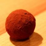 Praline Rosmarin-Trüffel mit Kakao-Finish