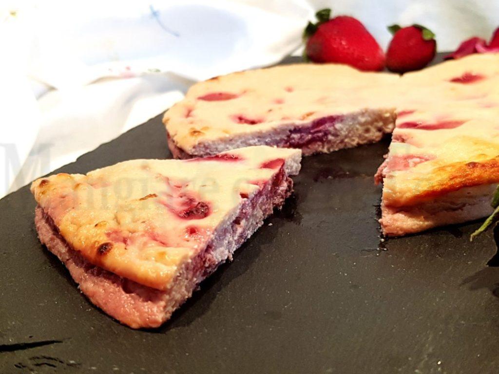 Cheesecake cotta alle fragole senza glutine