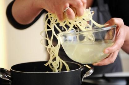 ricetta spaghetti di patata