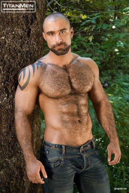 Hombres Que Derriten: Alex Baresi