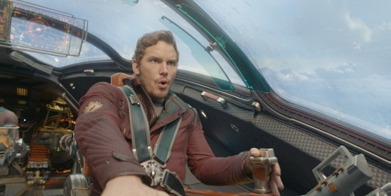 guardians-of-the-galaxy-starlord-flying