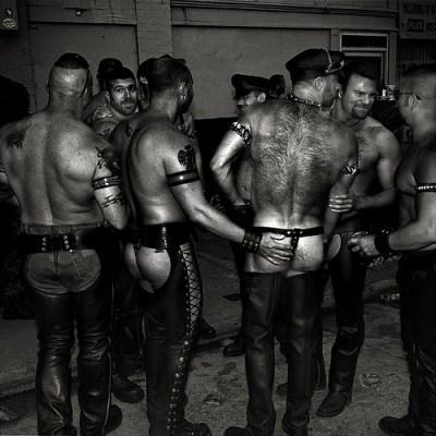 151015 SECRETOS DEL MUNDO LEATHER GAY.FOTO 5