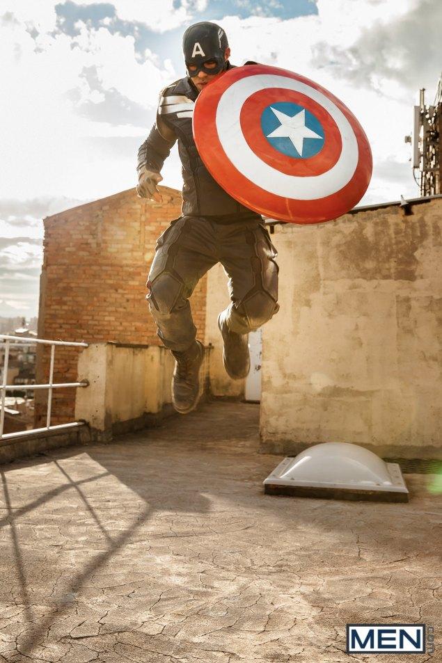 alex-mecum-marvel-captain-america-xxx-2