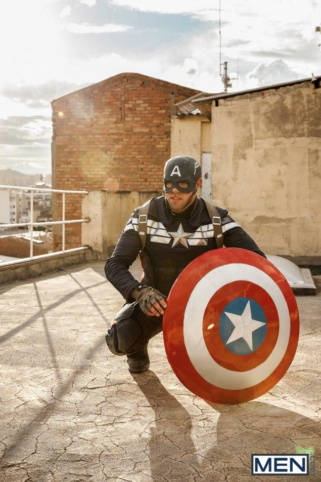 alex-mecum-marvel-captain-america-xxx-5