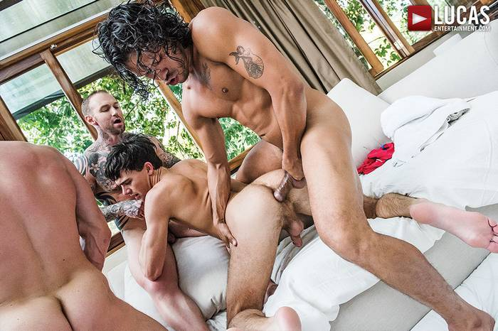Gay-Porn-Bareback-Orgy-Dylan-James-Asher-Devin-Stas-Landon-10