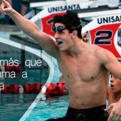 Eduardo Amaral, deportista de #Rio2016 con su lápiz al aire