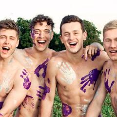 """Rusia prohibe calendario de los Remeros de Warwick por ser """"propaganda gay"""""""