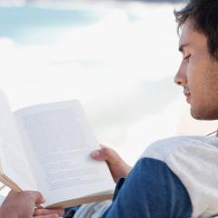 Aquellos chicos que aman la lectura son los mejores a la hora de dar placer