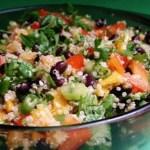 Salada refrescante de quinoa e chia