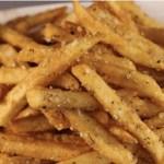 Batatas fritas crocantes sem uma gota de gordura. É tão fácil de preparar!