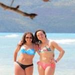 Jovem de 19 anos usa um biquíni pela primeira vez e a foto viraliza
