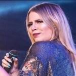 A cantora Marília Mendonça ofereceu ajuda financeira para fã voltar a andar